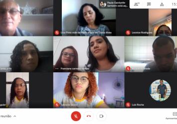 Roda de Conversa entre equipe do CREAS e Equipe Vamos! sobre a Temática Abuso e Exploração sexual de Crianças e adolescentes.