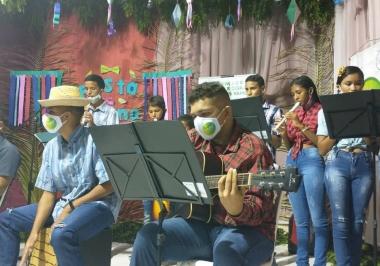 Live Junina do projeto Vamos! Encantar